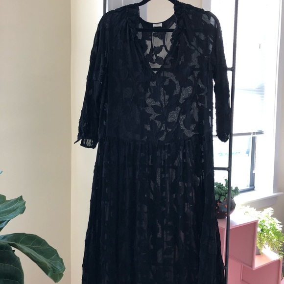 Aritzia Dresses & Skirts - Wilfred jacquard dress